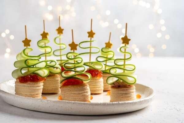 Cinco recetas navideñas para cocinar con niños recetas canape arbol navidad rodaja pepino pate salmon caviar rojo merienda navidena 255424 2280 600x400    FAGOR SDA Electrodomésticos Pequeños