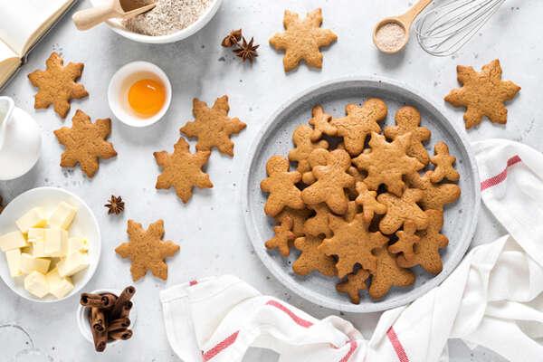 Cinco recetas navideñas para cocinar con niños recetas galletas navidad x800px 600x400    FAGOR SDA Electrodomésticos Pequeños