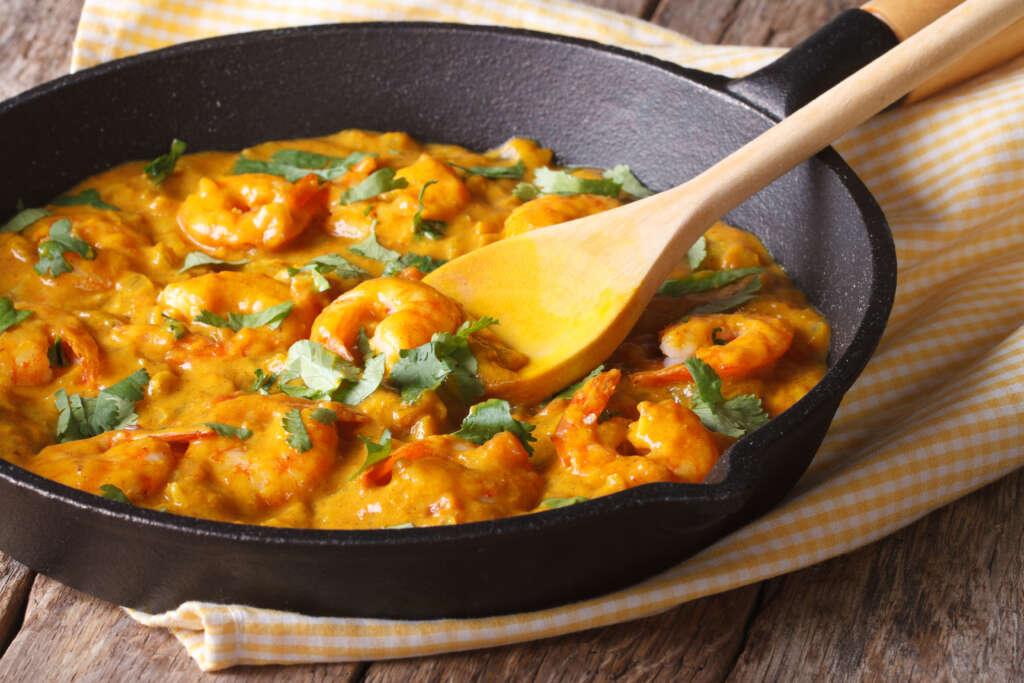 Receta FamilyCook: Gambas al curry con leche de coco